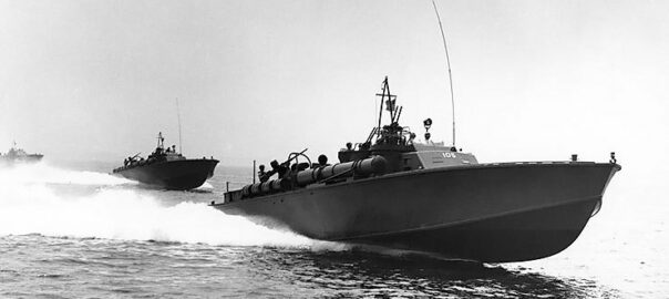 USS PT-105 running at high speed